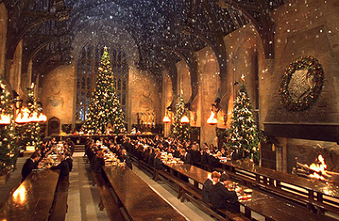 great-hall-at-christmas-500